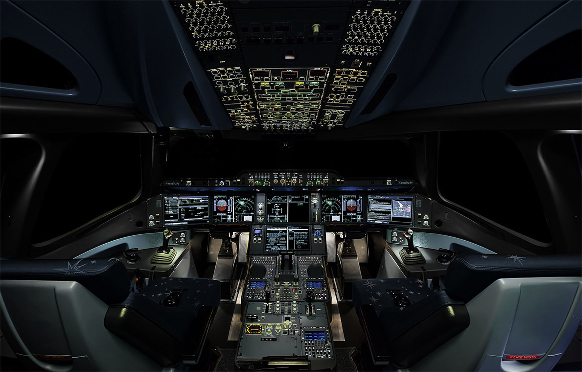 Airbus A350 XWB Cockpit Layout in The Night Aircraft Wallpaper 3778