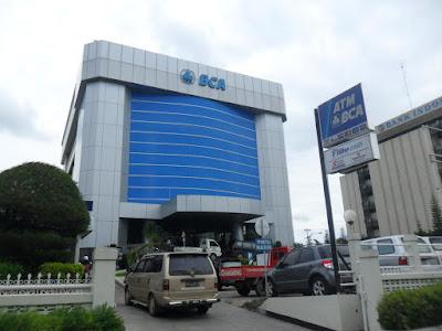 Lowongan Kerja PT Bank Central Asia Tbk Membutuhkan Pegawai Baru Untuk Menempati Posisi PBI Penerimaan & Penempatan Seluruh Indonesia