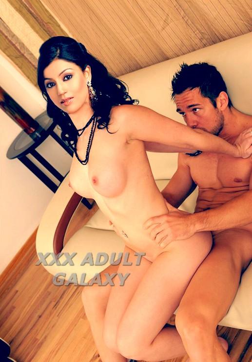 Urvashi dholakia hot sex in bed