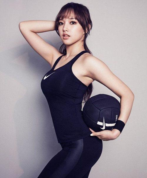 foto–foto cantik dan seksi Cheng Xiao