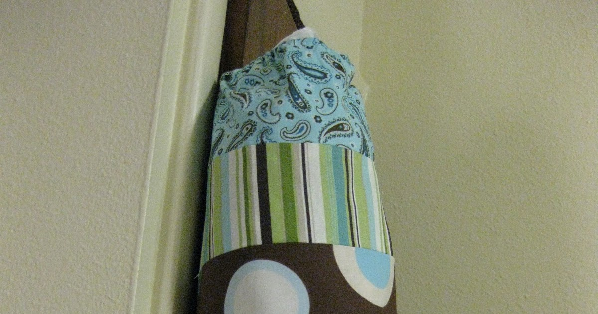Domesticating Me: DIY: Plastic Bag Holder