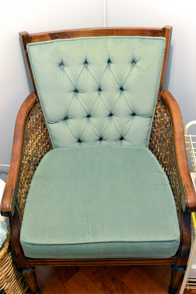 $37 habitat for humanity arm chair