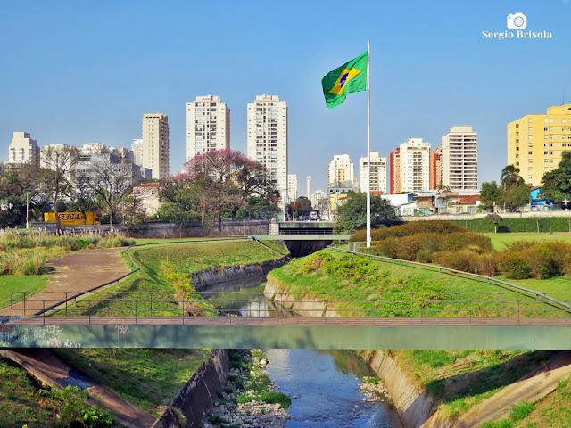 Vista de trecho do histórico Riacho do Ipiranga - Ipiranga - São Paulo