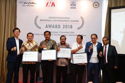 Gubernur Ridho Raih Penghargaan di INA Entrepreneur Award 2018