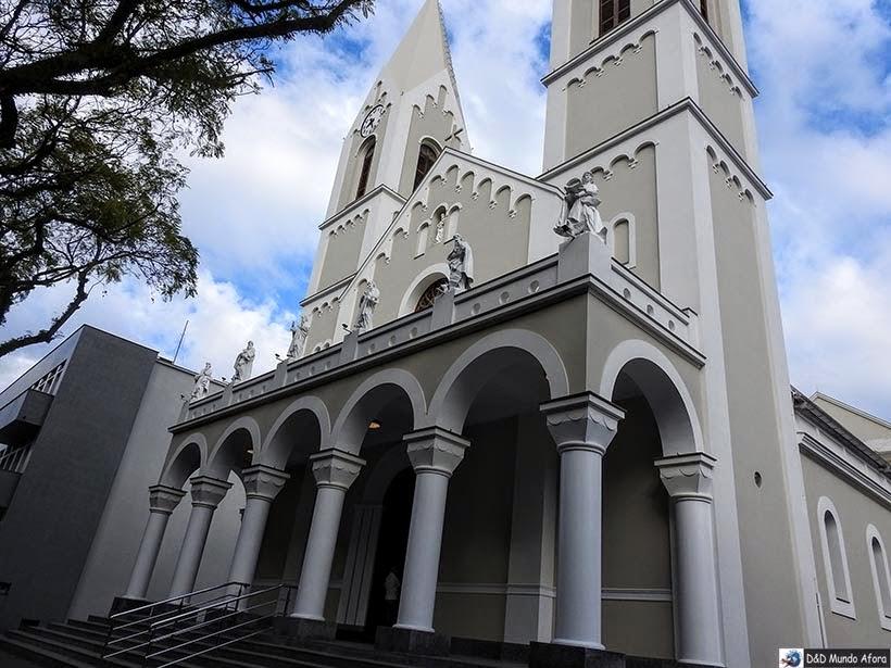 Igreja de Criciúma na praça Nereu Ramos - Roteiro Santa Catarina: 4 dias no sul catarinense