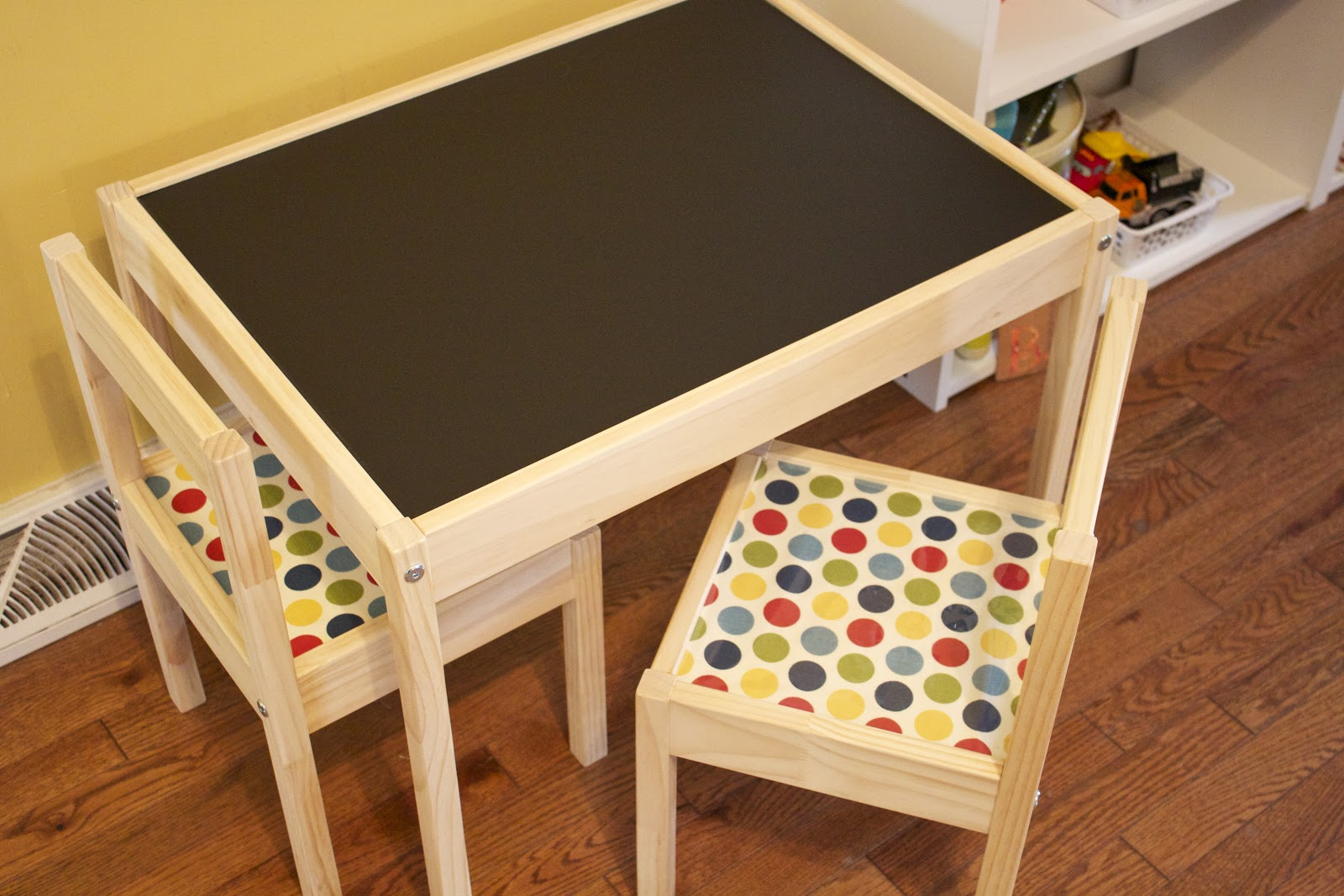 Handmade by Meg K: Ikea Hack: Kid's Activity Table