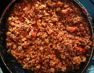 cooked mince meat for moussaka filling
