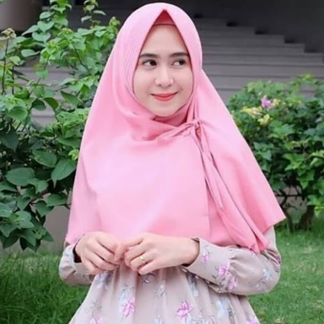 Jilbab Hijab Khimar Instan PET Aurora BERGO Manis
