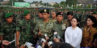 Di Hadapan Prajurit TNI, Presiden Lagi Lagi Singgung Masalah Politisasi - Commando