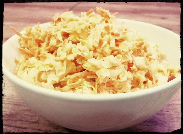 surowka salatka z kapusty pekinskiej jablka i marchewki surowka do obiadu prosta surowka