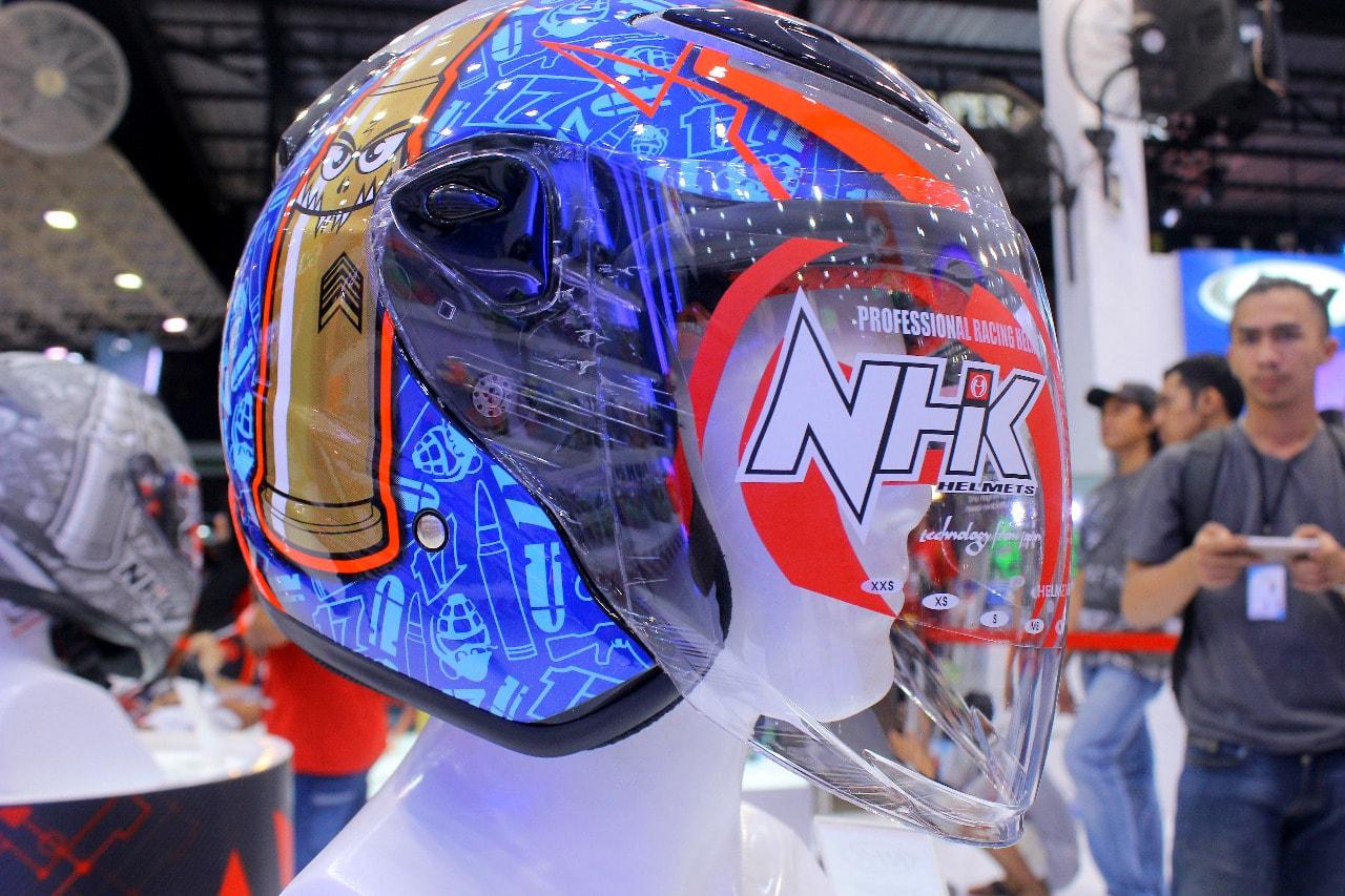 Jakarta Fair 2018 : NHK Resmi merilis Replika Helm Karel Abraham dengan jumlah terbatas