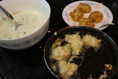 Preparación de tortillitas de gambas o langostinos