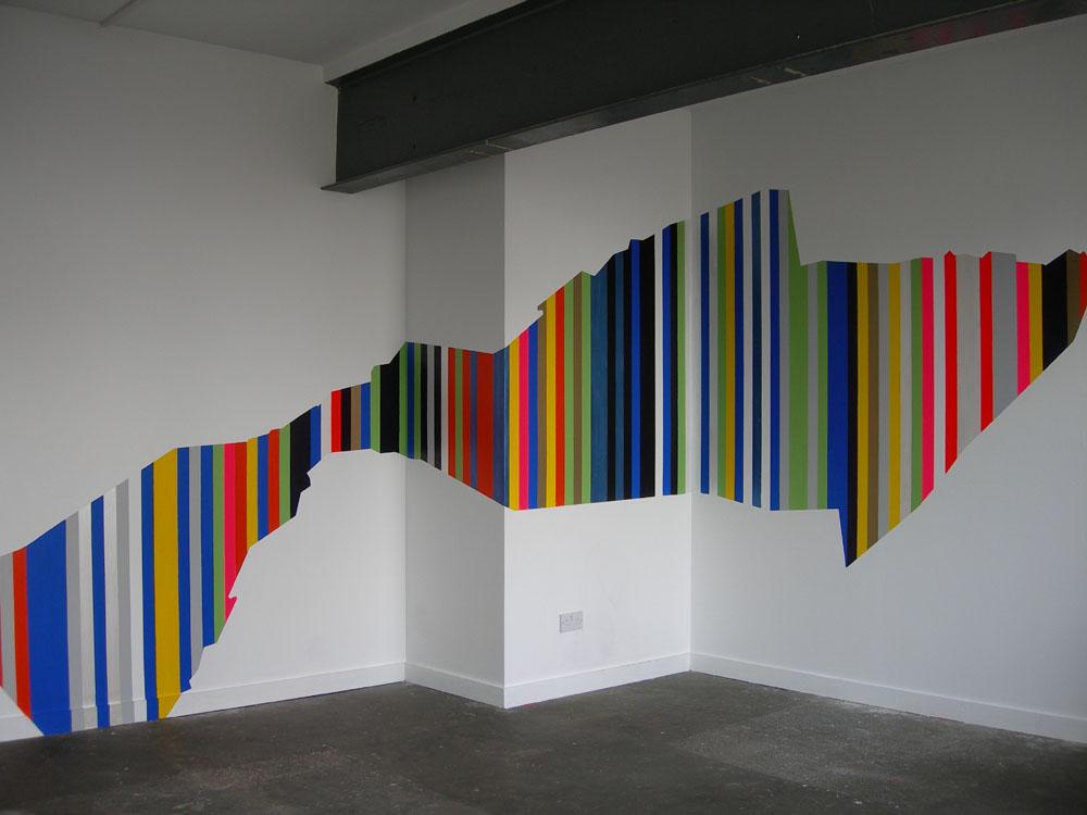 Gestreifte Wand