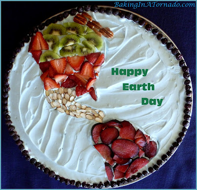 Celebration Dessert Pizza | www.BakingInATornado.com | #recipe #EarthDay