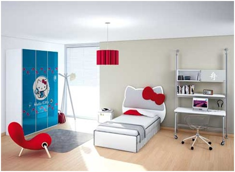 Hello Kitty bedroom decoration and accessories