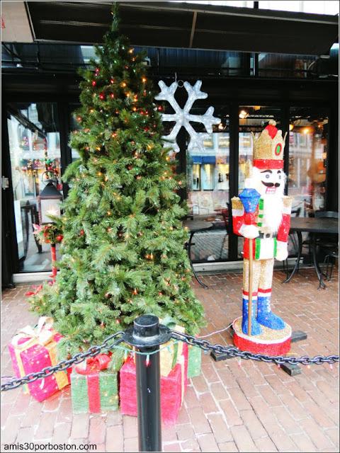 Decoraciones de Navidad del Faneuil Hall Market