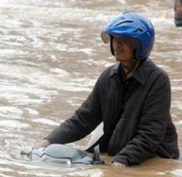 Ada 54 Titik Banjir menyerang merendam Jakarta