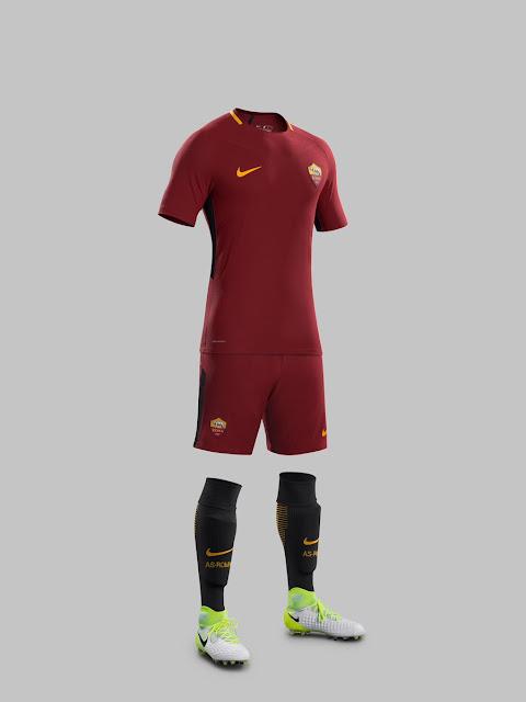 Le nouveau maillot de l'AS Roma pour la saison 2017-18