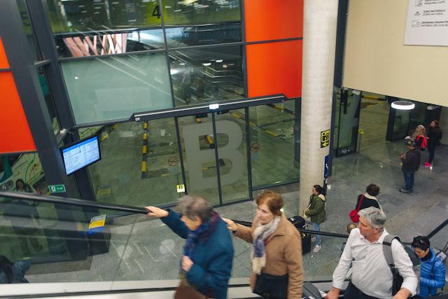 バスターミナル(Estacion de autbuses de San Sebastian)
