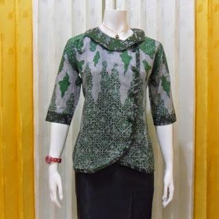Desain Baju Batik Kantor Wanita Elegan Terbaru