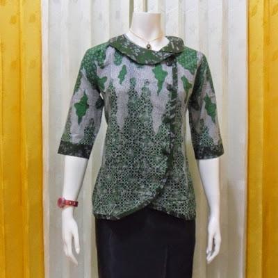 Model Baju Batik Wanita Untuk Kerja Kantoran Terbaru