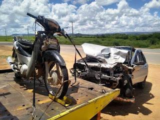 Duas pessoas morrem em acidente na BR-030