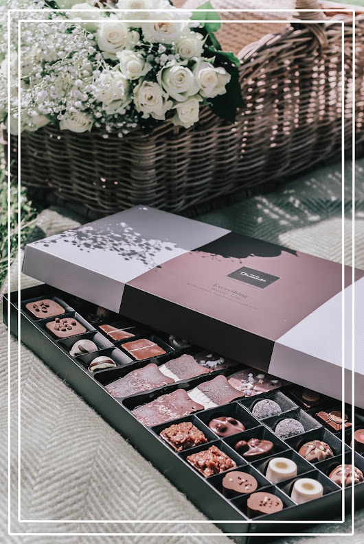 Hotel Chocolat Summer Giveaway | The Everything Luxe Deluxe Chocolate Box (Open Worldwide!)