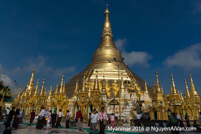 Chùa Shwedagon linh thiêng ở Myanmar