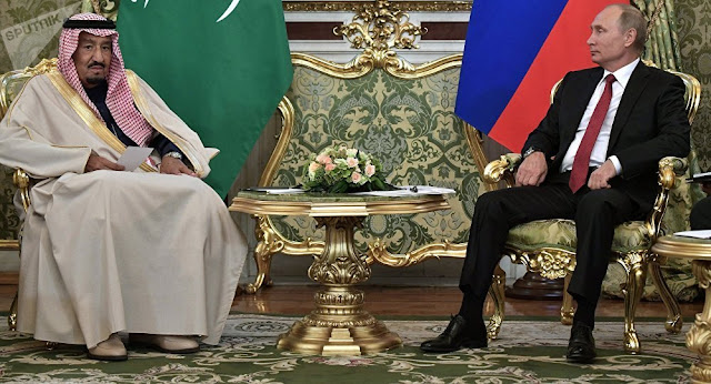 """الملك سلمان يجري مكالمة هاتفية مع رئيس روسيا بوتين """"تفاصيل"""""""