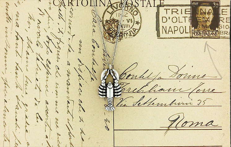 LAVISHY vintage style lobster necklace