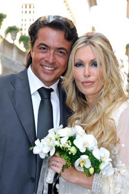 4b6c2b52e255 ROBERTA BRUZZONE foto matrimonio del 9 luglio 2011 con MASSIMILIANO  CRISTIANO