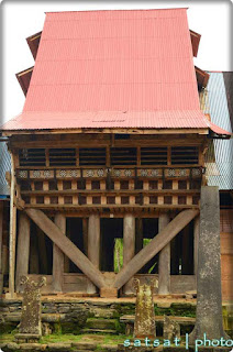 Rumah Adat Desa Hilinawalö Fau