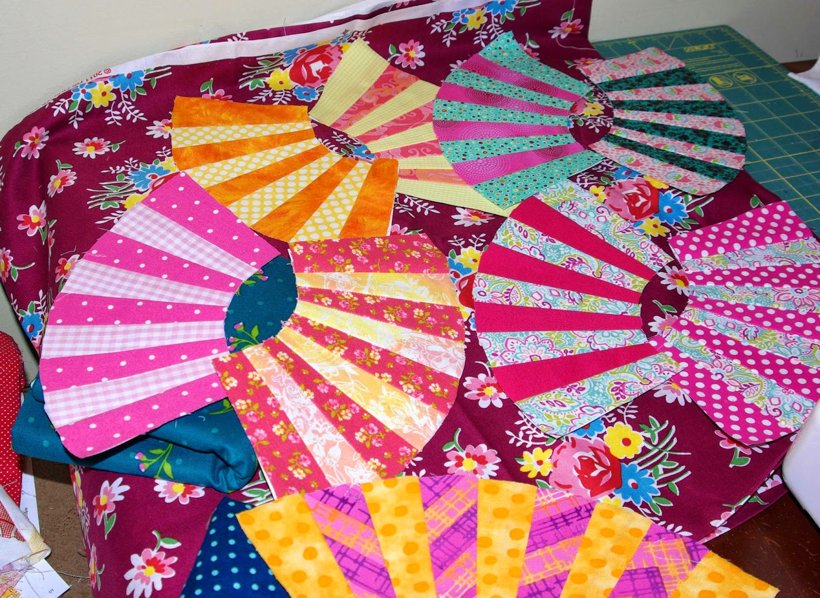 Sane, Crazy, Crumby Quilting: Jake\'s Jack\'s Chain and Kayla\'s Pickle ...