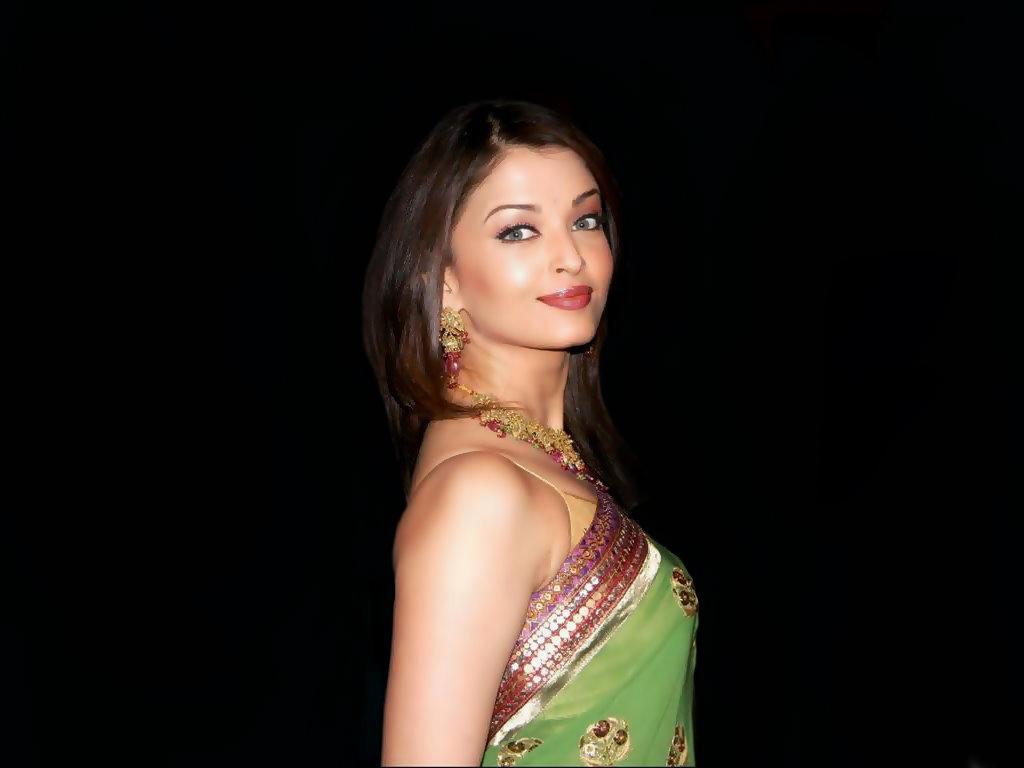 Sexy Aishwarya Rai Latest Hotphotos  Fashion 2013 -8670