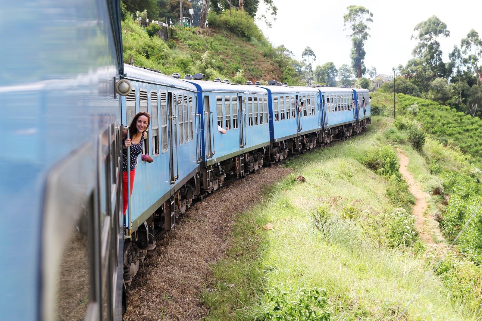 How to get around Sri Lanka?