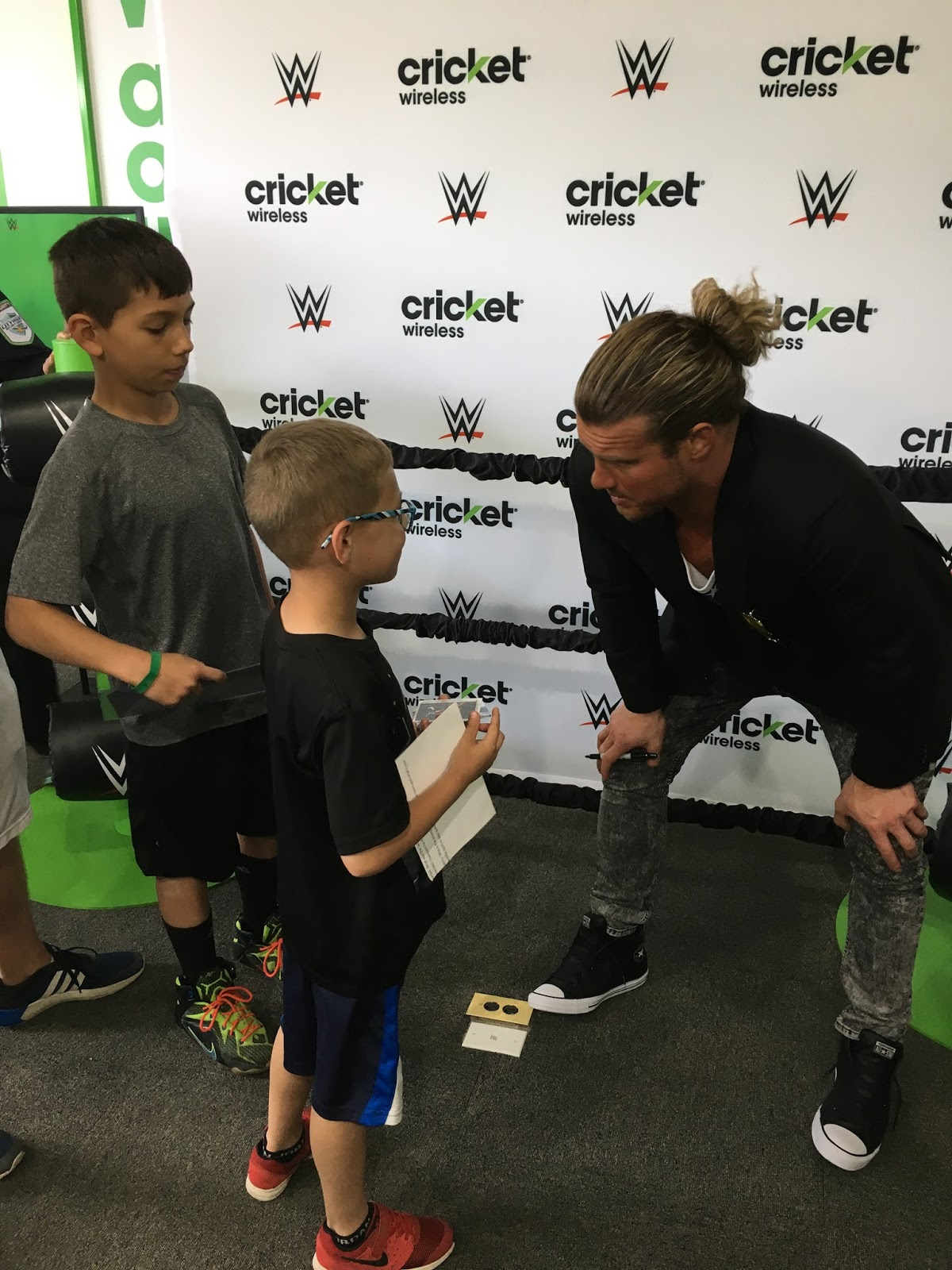 Vincents go 3 on 3 dolph ziggler wwe superstar 3 a cleveland native dolph ziggler is a huge fan of the browns cavaliers and indians and can often often be spotted watching his favorite teams in m4hsunfo