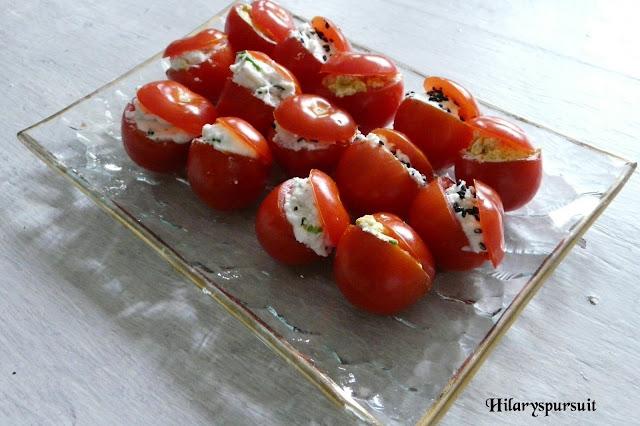 Tomates cocktails farcies au chèvre frais et ses épices