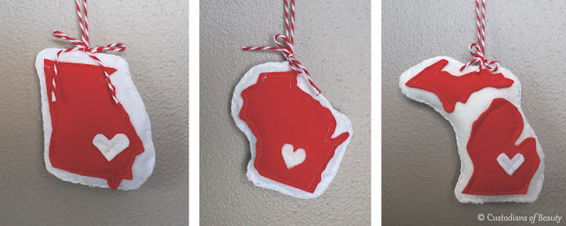 DIY  State Felted Ornaments | by CustodiansofBeauty.blogspot.com
