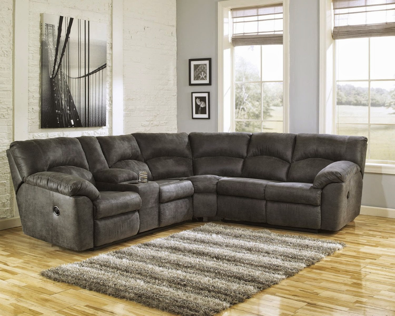 The best reclining sofa reviews sectional reclining sofas for Reclining sectional sofa for small space