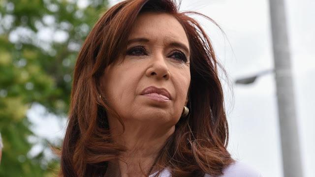 Defensa de Cristina Kirchner denuncia la presencia de un tóxico en su vivienda tras los allanamiento