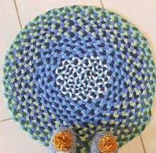 Trik Kreatif Membuat Karpet dari Pakaian Bekas