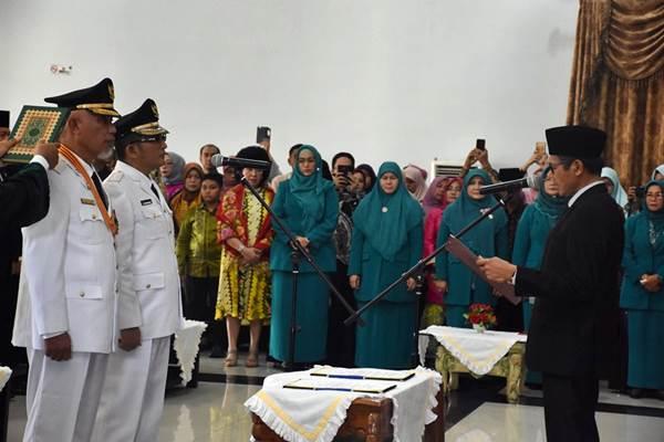 Walikota dan Wakil Walikota Padang 2019-2024 Dilantik Gubernur Irwan Prayitno