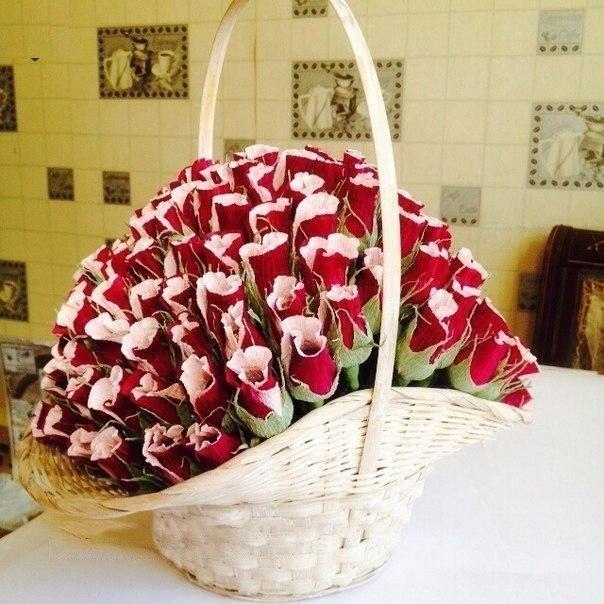 Невесты, корзины для букетов из конфет своими руками