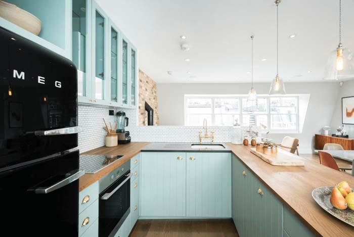 canlı renkler mutfak dolabı