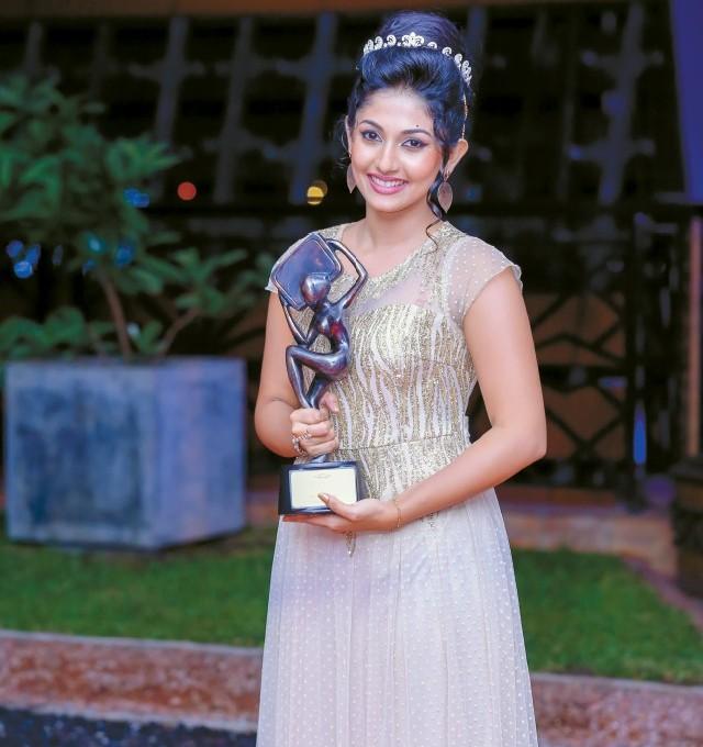 U Uu 2017 >> Gossip Chat With Nayanathara Wickramarachchi | Gossip Lanka Hot News - Sri Lanka Latest Breaking ...