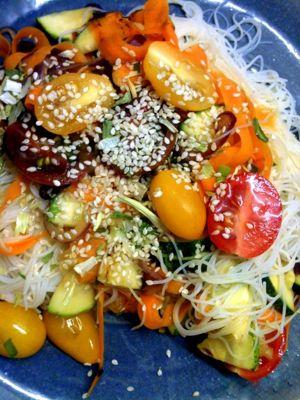 fideos de arroz salteados con verduras