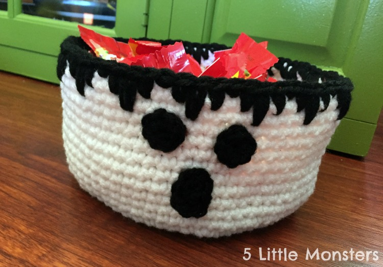 ghost treat bowl for halloween