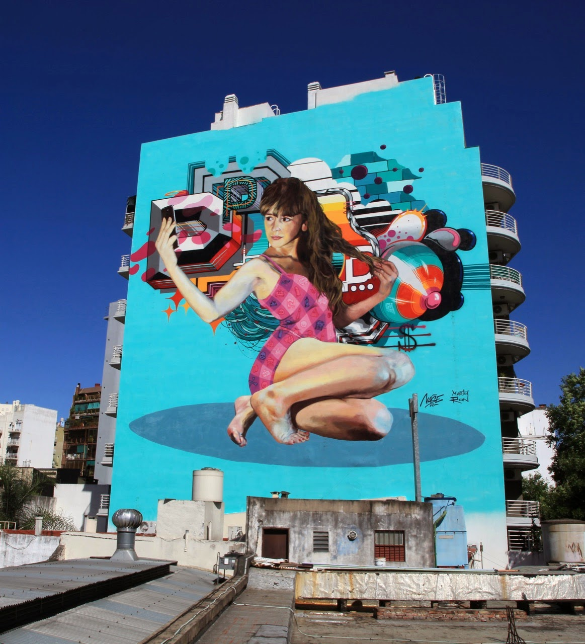 While we last heard from him in Miami a few weeks ago, Martin Ron is now back in his hometown of Buenos Aires where he just finished working on this new piece with his friend Nase Pop.