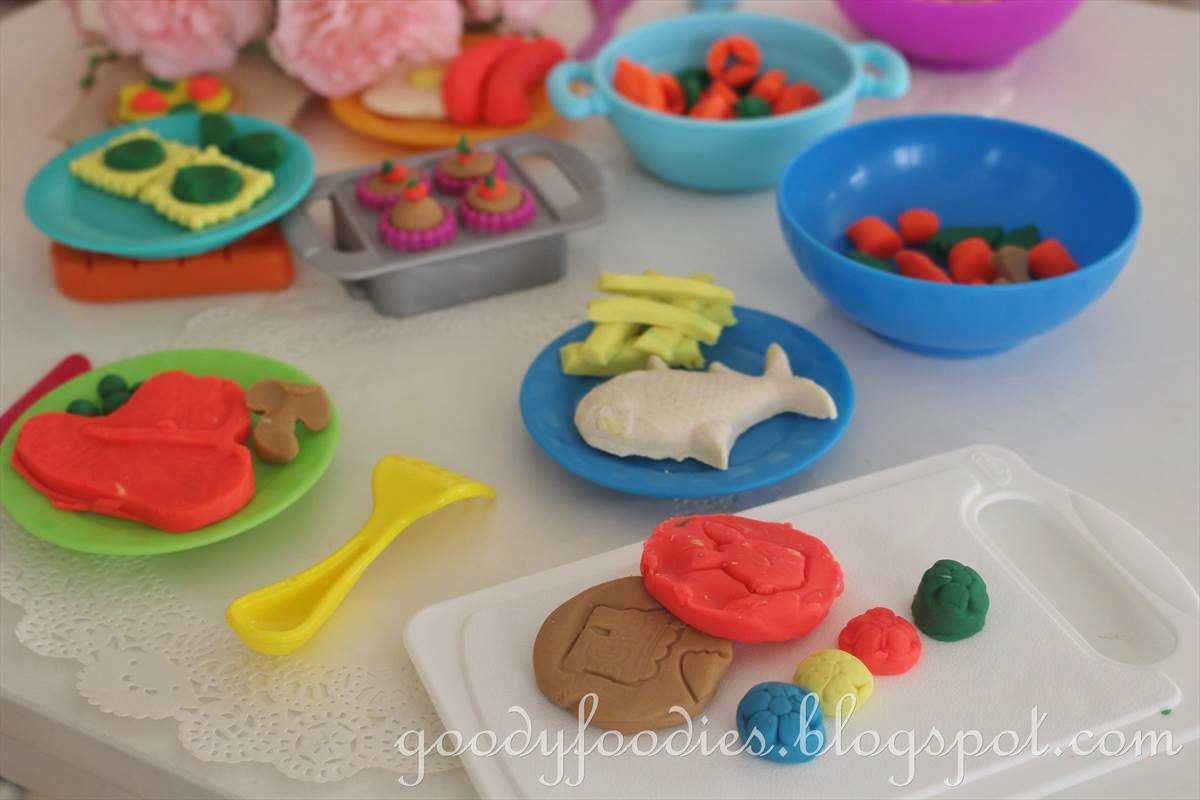 Goodyfoodies creating cooking magic with play doh for Play doh cuisine