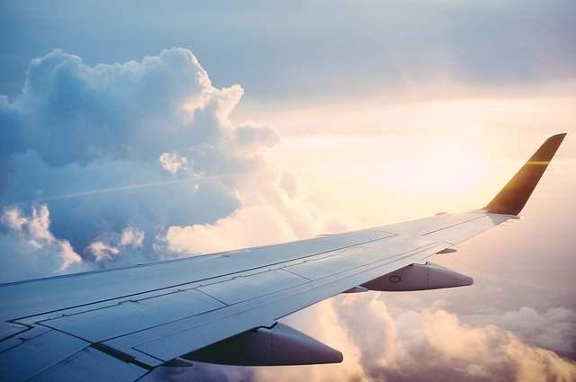 air plane travelling